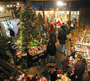 Huge selection of Christmas ornaments and decorations, as well as pick your own Christmas trees at Big Tree Plantation, Morrow, Ohio, NE of Cincinnati