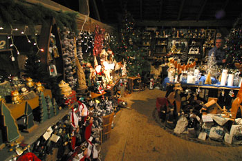 Ornaments Wreaths Gifts And Christmas Trees At Big Tree